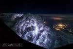 파일럿이 촬영한 구름 위 사진