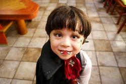 내가 바로 주인공! 에버랜드 '꼬마마녀의 할로윈 스튜디오'에서 귀요미 드라큘라로 변신!