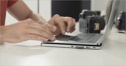 맥북과 맥북프로를 위한 보조 배터리 겸 USB-C 도킹스테이션 'LineDock'