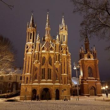 겨울철에 찾은 리투아니아 관광명소 풍경