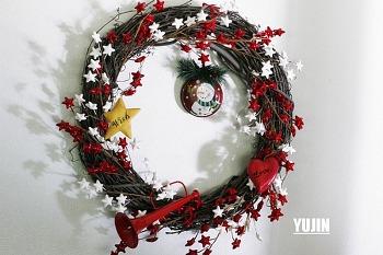 크리스마스 리스- 오너먼트 및 솔방울 활용 초간단 아이디어