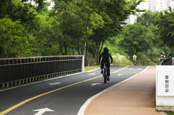 자전거는 역시 한강에서 타야 제맛입니다.