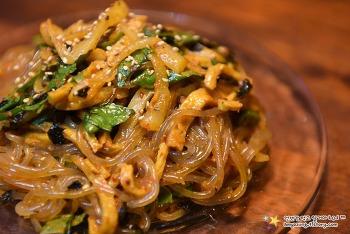 명절음식 나물로 가볍고 맛있는 야식을~ '비빔당면 만들기'