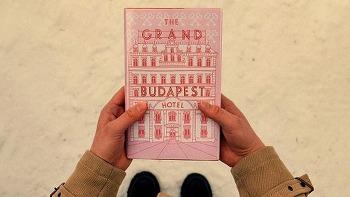 그랜드 부다페스트 호텔 (The Grand Budapest Hotel, 2014) 미장센이 아름다운 영화