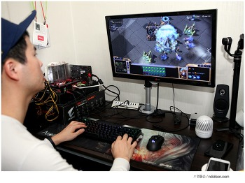 스타크래프트 리마스터 무료 & 스타2 를 즐기는 게이밍마우스 로지텍마우스 G903