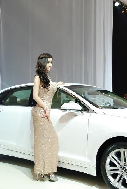 2013 서울 모터쇼 - 포드 모델 3
