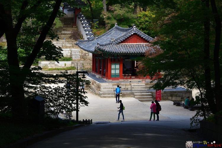 창덕궁 후원 (비원), 임금이 되어 가을을 걷는다/서울 당일 여행코스
