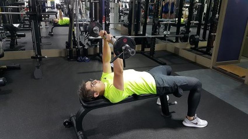 매력적인 팔만들기 운동