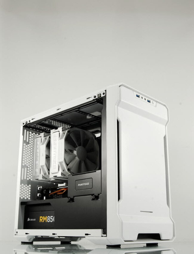 [포르까 리뷰]Phanteks Enthoo EVOLV ITX SE White