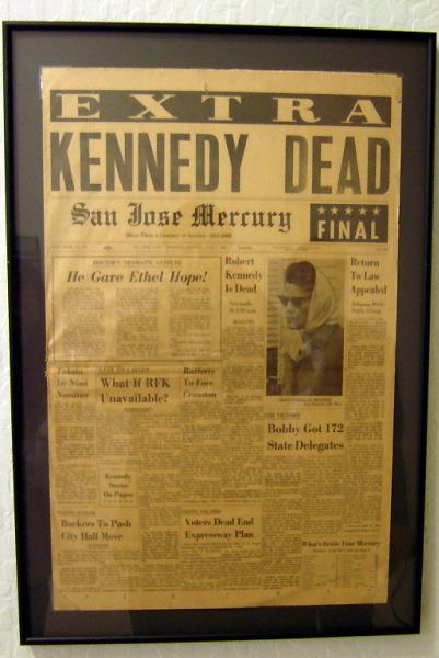 1968년 케네디 대통령의 사망 소식을 전하는 산호세 메큐리 San Jose Mercury