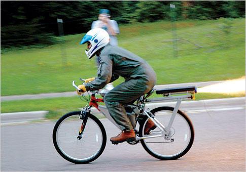 (그림 1. Rocket Bike – 출처 : popsci.com)