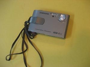 기내에서 습득된 카메라