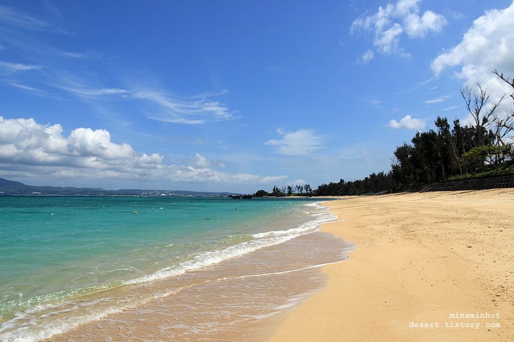 오키나와 여행 _ 코우키 비치 (Kouki Beach, 幸喜ビーチ) 오키나와 중부 에메랄드빛 천연비치