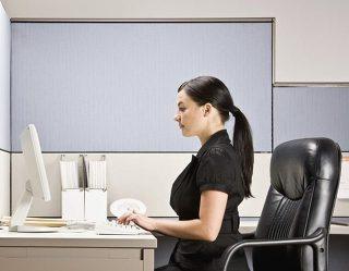 의자 등받이는 어떻게 하고 앉는 것이 좋을까 송영민자세연구소