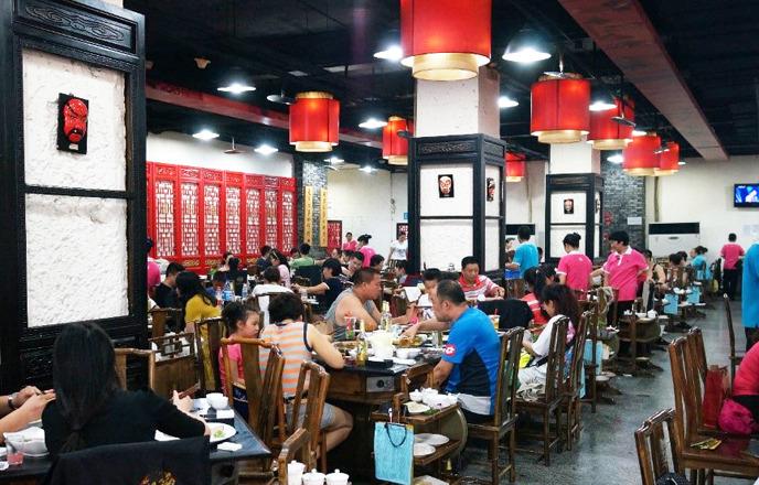 중국 현지 식당 내부