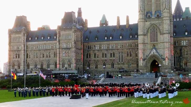 캐나다 3군 의장대입니다