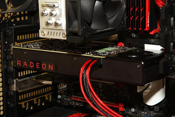 RX480 성능, 벤치마크, 3DMARK, 배틀필드4, Wattman ,오버,ati,amd,그래픽카드,IT,IT 제품리뷰,AMD는 이번에 새로운 그래픽카드를 내어놓았는데요. 나오기 전부터 가격대비 성능때문에 이슈였죠. RX480 성능 벤치마크를 직접 해보고 3DMARK 배틀필드4 Wattman 오버 등을 알아보려고 합니다. 카탈리스트에서 Radeon Crimson으로 바뀌면서 프로그램도 변화가 생겼는데요. 오버클러킹이나 팬 속도 조정 등도 이제는 전문적인 툴로 가능 하게 되었습니다. RX480 성능은 대략 GTX980 급 정도 인데요. 과거에는 괴물같은 그래픽카드에 가격도 괴물같았다면 이제는 좀 더 저렴한 비용으로 엄청난 성능을 낼 수 있습니다.