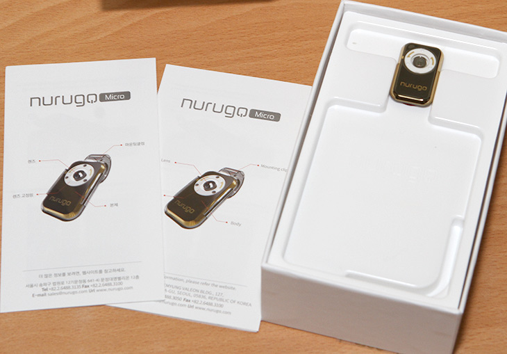 스마트폰 현미경 ,누루고 마이크로 ,nurugo micro,휴대용 현미경,IT,IT 제품리뷰,이런 제품 갖고 싶었는데요. 그냥 끼우면 확대해서 보여주는 장치입니다. 스마트폰 현미경 누루고 마이크로 (nurugo micro) 휴대용 현미경을 소개 합니다. 이미 사용하고 있는 스마트폰에 장착만 하면 되는데요. 스마트폰 현미경 누루고 마이크로는 사물을 최대 400배까지 확대를 해 줍니다. 눈이 아주 좋은 분들도 아주 작은 사물을 보는것은 힘들텐데요. 이것은 그것을 가능하게 합니다. 그리고 스마트폰에 장착되기 때문에 보는것은 물론 사진도 찍어서 공유가 가능 합니다.