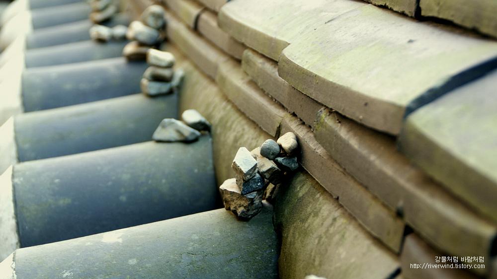 돌을쌓는모습