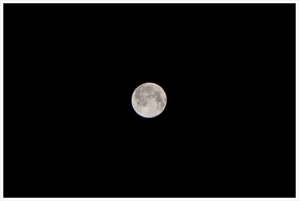 2015년 블루문-한 달에 두번 뜨는 보름달 중 두번째 보름달