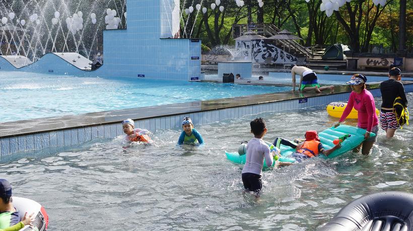 Water Garden Swimming Pool opens for summer on Nami Island | naminara