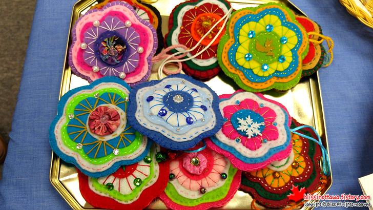 캐나다 일본 벼룩시장 플리마켓 펠트로 만든 꽃