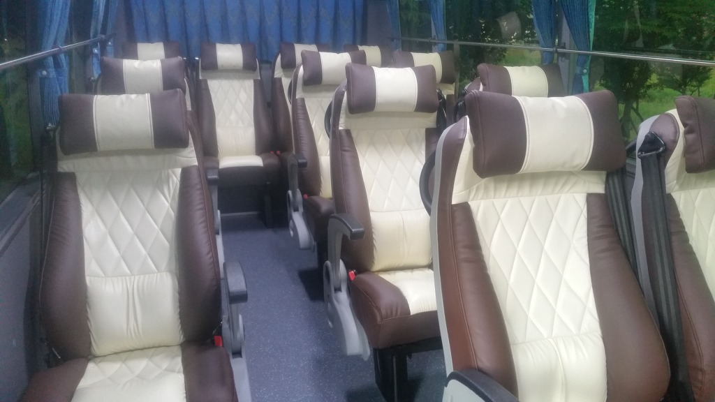 레스타 리무진버스 16인승 ★ 미니버스우등, 소형버스우등 우등버스 전문 버스25시