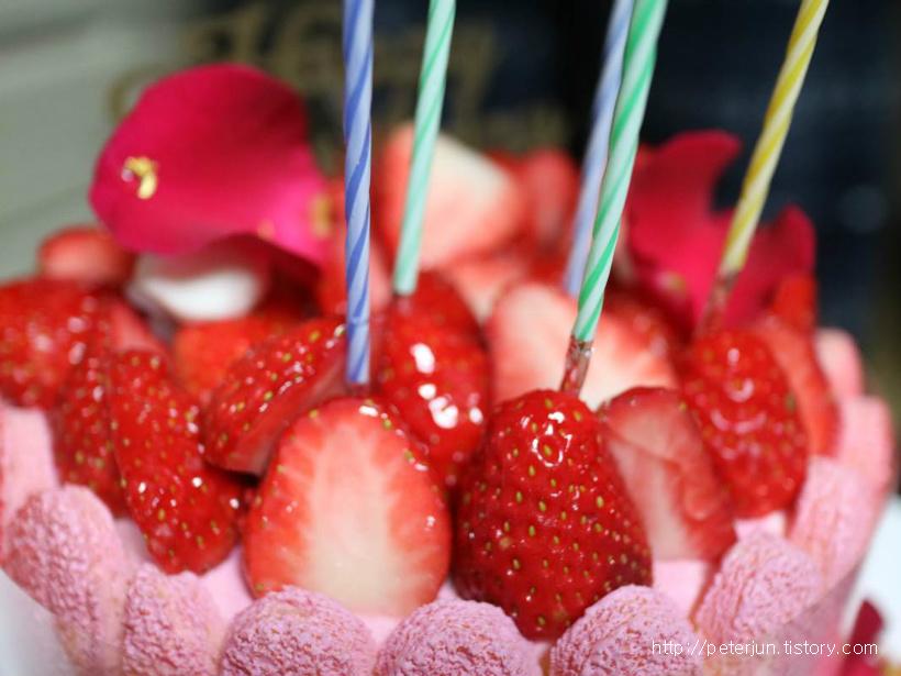 생크림 딸기 케잌