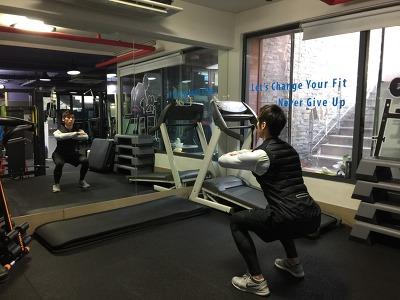 겨울철 환절기 면역력 높이는 운동방법 1-스쿼트(Squat)