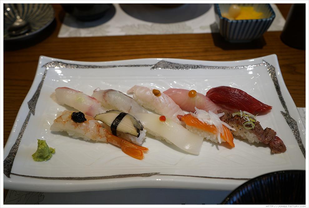 [부산 해운대구] 문스시-특선초밥, 회덮밥(신세계백화점 센텀점 9층 식당가)